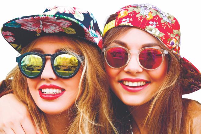 Выполню 2 варианта флаера, листовки 21 - kwork.ru
