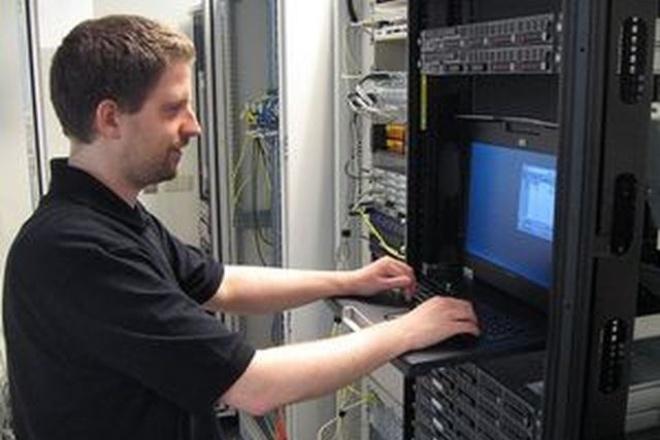 Настрою сервер на LinuxАдминистрирование и настройка<br>Выполняю удаленно задачи: Резервное копирование данных решение всех проблем, возникающих при работе с пользователями, например, восстановление паролей, изменение домашнего каталога, и т.п. Установка и обновление программ Мониторинг системы Поиск и устранение неисправностей Настройка маршрутизации Работаю с такими ОС: CentOS версии 5 и выше rhel версии 5 и выше Debian версии 7 и выше Ubuntu версии 12.04 и выше<br>