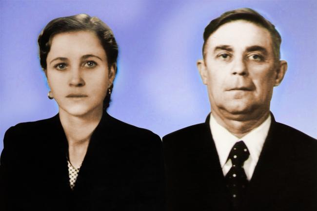 Восстановление старых фотографийОбработка изображений<br>Удалю царапины, сколы и другие дефекты со старых фотографий. Сделаю цветную фотографию из черно-белой.<br>