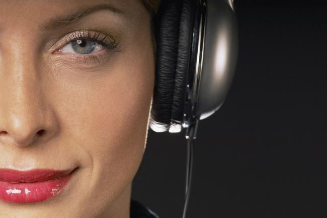 Озвучу автоответчик, голосовое меню, IVR - женский голосАудиозапись и озвучка<br>Любая крупная компания хочет иметь постоянный поток клиентов и улучшать свой имидж. Если, как говориться в пословице «Гостя встречают по одежке», то клиент, который звонит в компанию или фирму, оценивает ее по голосу оператора или секретарши. Покупатель, совершая звонок в ту или иную компанию, не может видеть красивых костюмов, дорогих часов и шикарного офиса. Все, что он может – это услышать голосовое приветствие, которое прозвучит от компании. Именно поэтому, многие компании и фирмы подготавливают специальную аудиозапись – голосовое приветствие и устанавливают голосовое меню. 1. Если ваше голосовое меню имеет несколько пунктов, каждый оплачивается отдельно. 2. Если вам нужно оформить автоответчик музыкой, выберите соответствующие опции при оформлении заказа.<br>