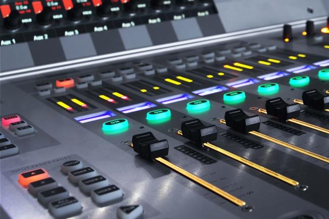 Извлеку аудио дорожку из видеоАудиозапись и озвучка<br>За быстрый срок извлеку для вас аудио дорожку из видео. Пишите, не стесняйтесь. Мы с вами подружимся<br>