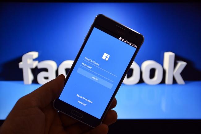 Добавлю 500 подписчиков на паблик FanPage в ФейсбукПродвижение в социальных сетях<br>Нужны подписчики в паблик (FanPage) в социальной сети Фейсбук? Заказывая наш кворк, вы получите 500 новых подписчиков (кнопка like) на ваш паблик. Нужно больше подписчиков? Заказывайте сразу несколько кворков! Советуем заказывать сразу 2 кворка, чтобы подписчиков было более 1000. ? Хорошо для новых пабликов Фейсбук ? Плавное увеличение числа вступивших ? Только ручное добавление, никакой автоматики ? Без санкций со стороны социальной сети Facebook ? Гарантия качества работы От вас потребуется лишь ссылка на ваш паблик Фейсбук! Внимание! Так как подписчики - это живые люди, то со временем часть подписчиков может отписаться, но не более 5%.<br>