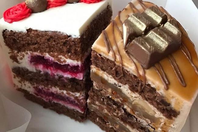 Напишу рецепты тортов, которые проверены опытомРецепты<br>Предлагаю рецепты тортов проверенных и продаваемых, а также по вкусу сочетаемых. К продаже вы можете выбрать следующие рецепты тортов: 1. торт сникерс (сочные шоколадные коржи, карамельная начинка, арахисово-шоколадная начинка и шоколадно-сливочный крем) 2. торт молочный сникерс (бархатный бисквит с ноткой шоколада, карамельная начинка, шоколадно-пломбирный мусс с прослойкой арахисово-шоколадной начинки, все это покрыто сливочно-сырным кремом) 3. морковный торт абсолютно не клеклый, а сочный и бархатный по текстуре с карамельной начинкой. 5. шоколадно-вишневый (шоколадные сочные бисквиты, вишневое конфи и сливочно-сырный крем.)<br>