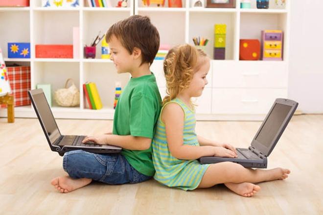 Шановні батьки нагадайте дітям про безпеку в Інтернеті