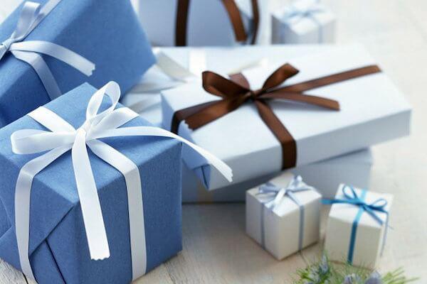 Помогу подобрать подарокИнтересное и необычное<br>Предложу варианты подарков для людей обоих полов и любого возраста к дню рождения, профессиональному и семейному празднику, детям и родителям, учителям и воспитателям, начальникам и подчиненным, и так далее. Учту при этом правила этикета. По желанию заказчика, могу сориентировать в цене.<br>