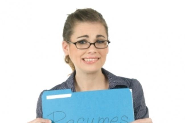 Помогу составить работающее резюмеДругое<br>Составляю резюме по всем правилам, чтобы работодатель задержал внимание на вашей кандидатуре. Как правильно составлять резюме без ошибок, которые могут повлиять на выборе другого кандидата. Что указывать в резюме? Какой должен быть порядок оформления? На что обращает внимание соискатель? Как преподнести свои знания и заинтересовать соискателя? Также дополнительно размещу резюме на 5 популярных сайтах о работе. Смотрите в дополнительных опциях.<br>