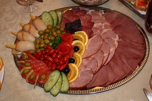 Создам меню К любому торжествуРецепты<br>Создам меню к любому торжеству, юбилею, празднику. Предлагаю рецепт приготовления доступного в приготовлении. Не более 10 блюд - закуска, горячее, рыба, мясное, сладкое. На ваш выбор и предпочтение.<br>