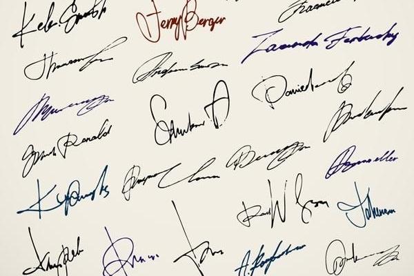 Создам подписьГрафический дизайн<br>Вы давно хотели свою личную, красивую и неповторимую подпись?! Тогда это предложение для вас! Я создаю подпись по вашему ФИО (по желанию можете выбрать, что должно быть зашифровано в вашей подписи) 15 вариантов подписей, а вы выбираете самый лучший для вас. Обещаю выполнить даже меньше, чем за один день! :-)<br>