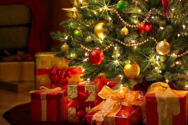 Напишу поздравления к Новому годуСтихи, рассказы, сказки<br>Напишу поздравления к Новому году в стихах для вашего ребенка (от Деда Мороза, родителей, бабушек/дедушек), для родственников, друзей, коллег и др. Особенности написания каждого стихотворения обговариваются индивидуально с Покупателем. Объем может быть изменен любым образом, но не должен превышать 16 стихотворных строчек.<br>