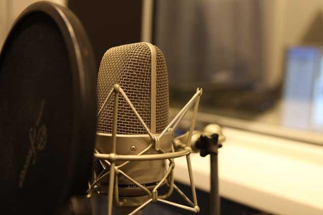 Озвучка видеоАудиозапись и озвучка<br>Записать дикторскую аудиодорожку для вашего видео или аудио ролика. Подготовить звук для вашего видео<br>