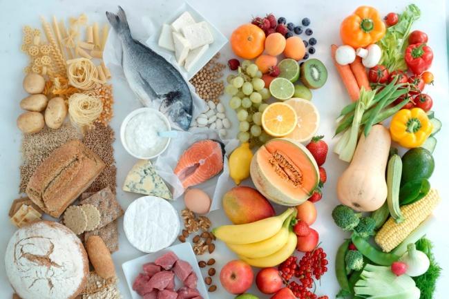Меню блюд для здорового питания на 1 неделюРецепты<br>Предлагаю меню для здорового питания на 1 неделю ( 20 рецептов). Меню состоит из салатов, закусок, первых и вторых блюд. Напишу рецепты максимально быстрого приготовления в духовке, на пару, в мультиварке. Для приготовления пищи используются овощи, фрукты, постные сорта мяса и рыбы. Здорового, приятного аппетита!<br>