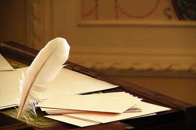 Пишу интересные стихи и рассказы на любую темуСтихи, рассказы, сказки<br>Все что хотите, на ваш выбор, стихи, рассказы, сказки. В особенности пишу стихи. Обладаю хорошей фантазией и отличными рифмами.<br>