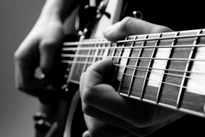 Напишу профессиональную авторскую композицию, минус, мелодию, трекМузыка и песни<br>Напишу авторскую композицию, минус, мелодию, демо-трек с любыми инструментами для различных целей (игр, фильмов и т. д. ) Работаю в Fl studio порядка шести лет. Гитару записываю на внешнюю звуковую карту Creative emu 0404, свожу и мастерю в студийных наушниках Beyerdynamic DT 770 PRO 250Ом. Помимо написания музыки, предлагаю свои услуги по: сведению мастерингу Ниже я прикрепил мои демки для большей наглядности качества работы.<br>