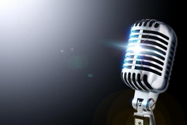 Обработаю и соединю минус и голос , вокалРедактирование аудио<br>Обработаю и соединю минус и голос. Выполню обработку голоса под вокал. Добавлю эффекты к вокалу. Сведение вокала с минусом (одна песня -1 кворк) до 4х минут<br>