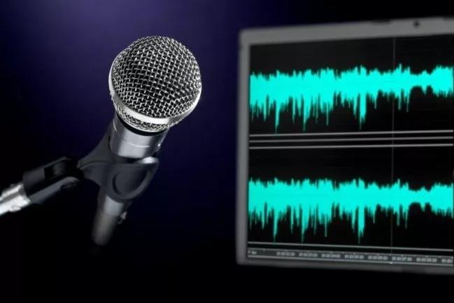 Озвучу рекламный роликАудиозапись и озвучка<br>- Приятный женский голос; - Грамотная речь; - Четкость слов; - Смысловая интонация; - Звуковая передача эмоций, настроения, чувств.<br>
