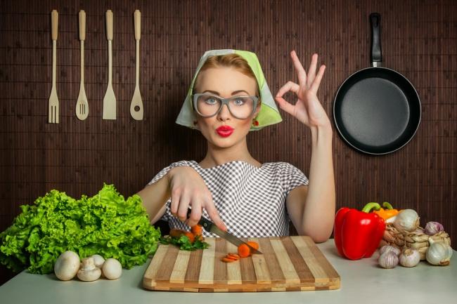 База - Люблю готовитьИнформационные базы<br>База людей интересующиеся темой приготовления пищи, рецептами – 601 тысяча контактов . Данные в формате файла txt, поиск произведен по тематическим ресурсам с открытых источников. Что вы получите купив базу клиентов: 1)Высокую конверсию на ваш сайт после рассылки своих товаров для любителей готовить 2) 0.6 млн. уникальных и отобранных посетителей, которые будут покупать ваши продукты. Актуальность 2016 год, валидность от 90%<br>