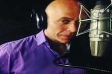 Профессиональный диктор с потрясающим голосом 16 - kwork.ru