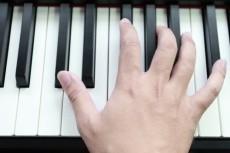 Мелодию Вашей любимой песни напишу нотами 3 - kwork.ru