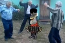 добавлю недоумевающего Траволту на ваше фото/видео 6 - kwork.ru