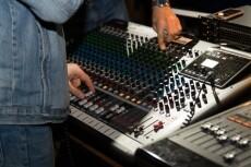 Напишу и озвучу барабаны под ваш трек, сниму в миди 4 - kwork.ru